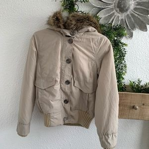 Cute warm jacket, with hood trimmed with faux fur